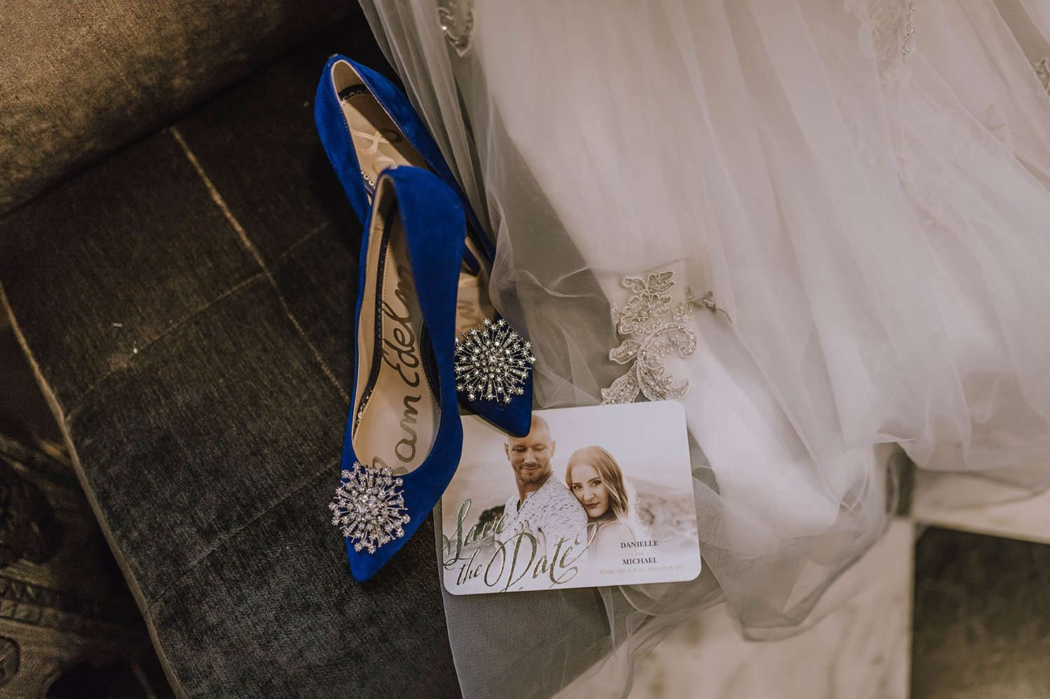 houston, bride, hotel wedding, getting ready, save the date, something blue, details