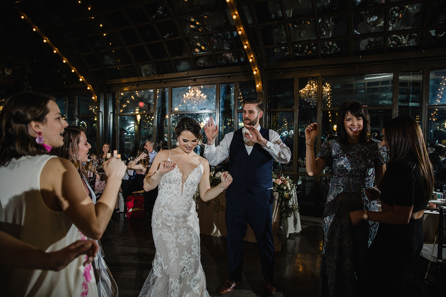 dancing and entertainment - wedding reception photography