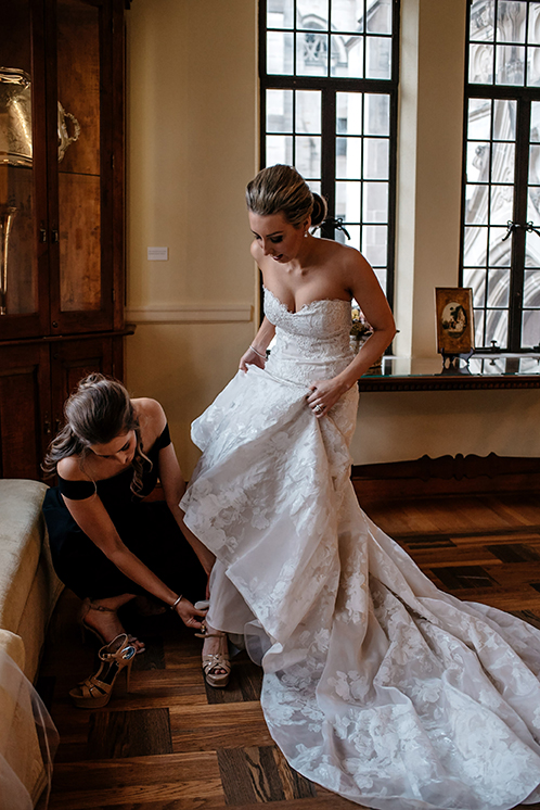 houston wedding, getting ready, bride, maid of honor, wedding gown