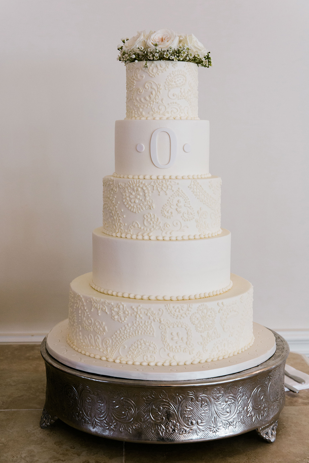 cakes by gina - wedding cake - classic