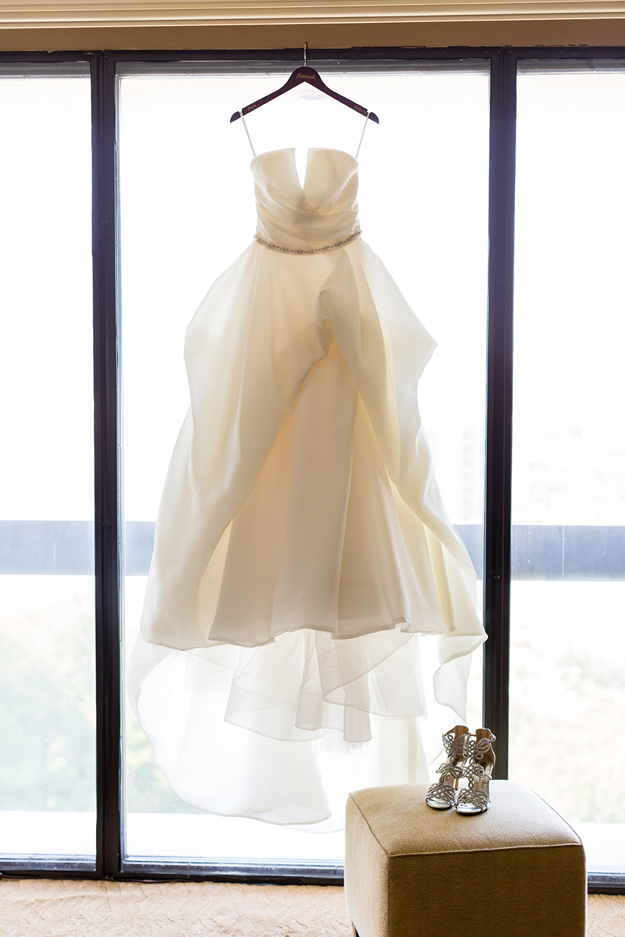 houston wedding, bride, wedding gown, Joan Pillow Bridal Salon