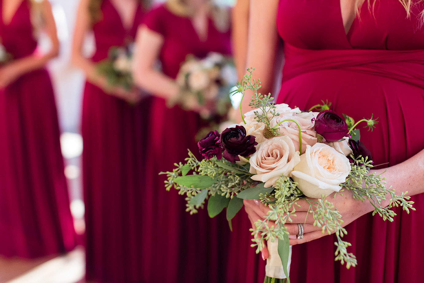 houston wedding, wine, bridesmaids, bouquets, roses