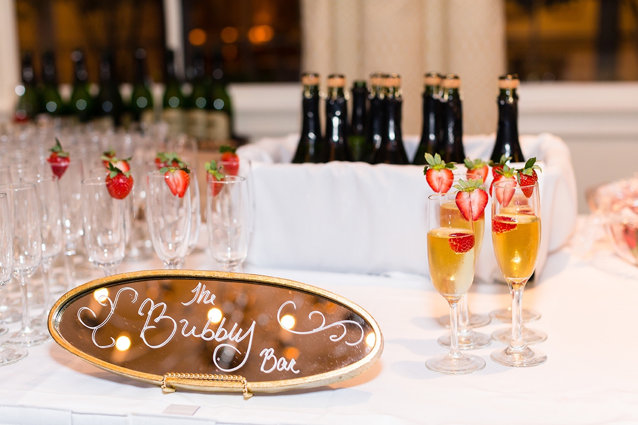 houston wedding, bar service, champagne, beer, beverages