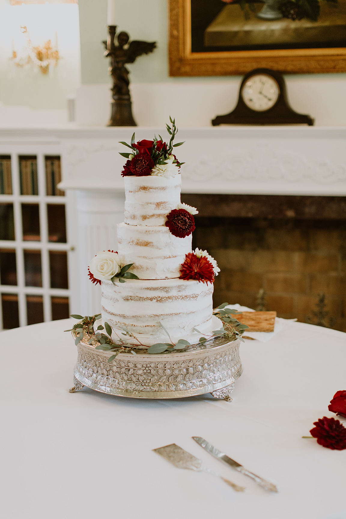 gardens at madeley manor, wedding cake, naked cake, white & red, real wedding, texas