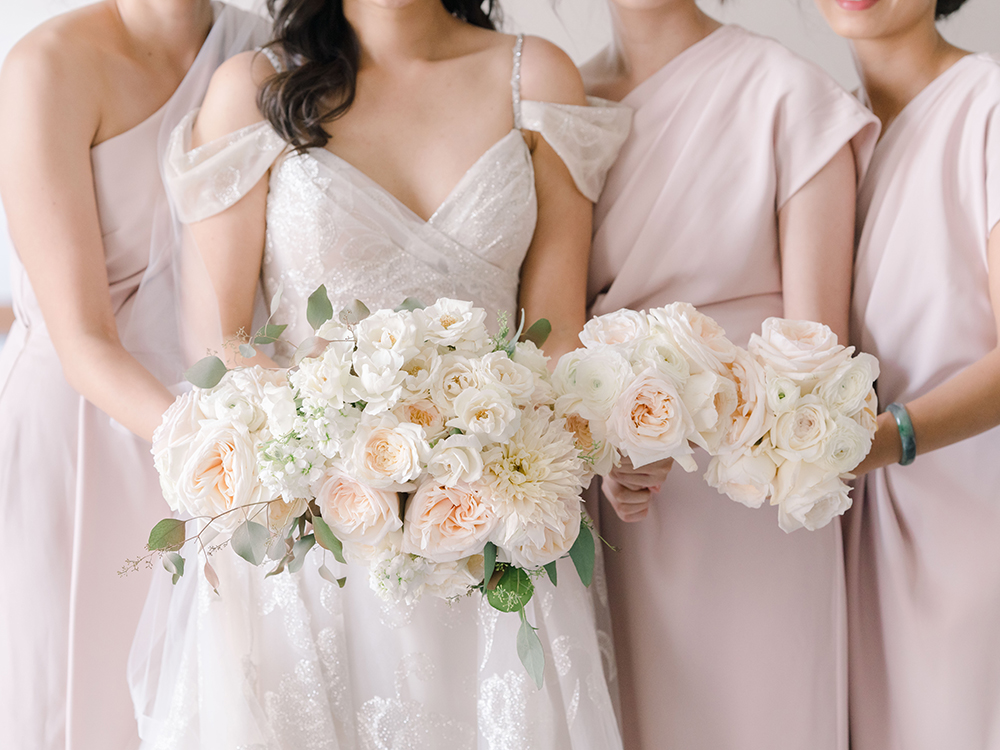 bridal party - wedding bouquets