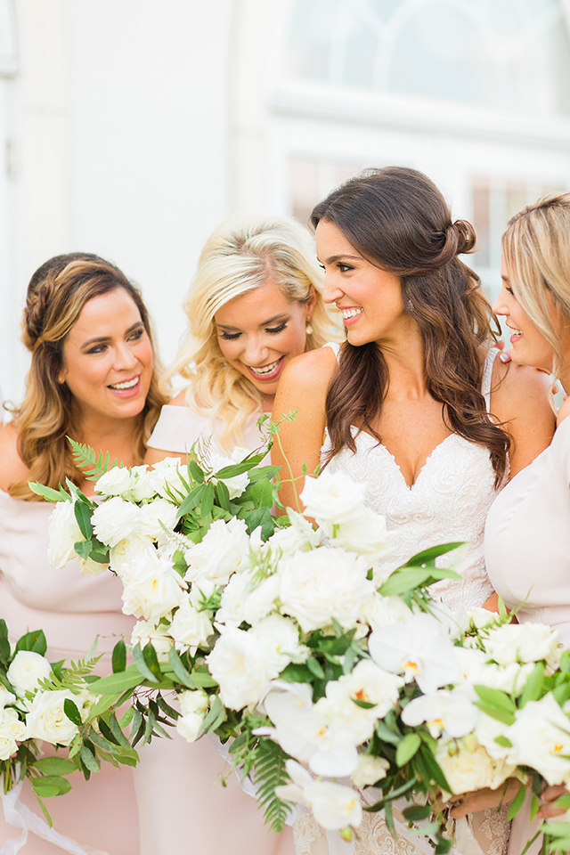 houston wedding, bridal party, bouquets, bridesmaids