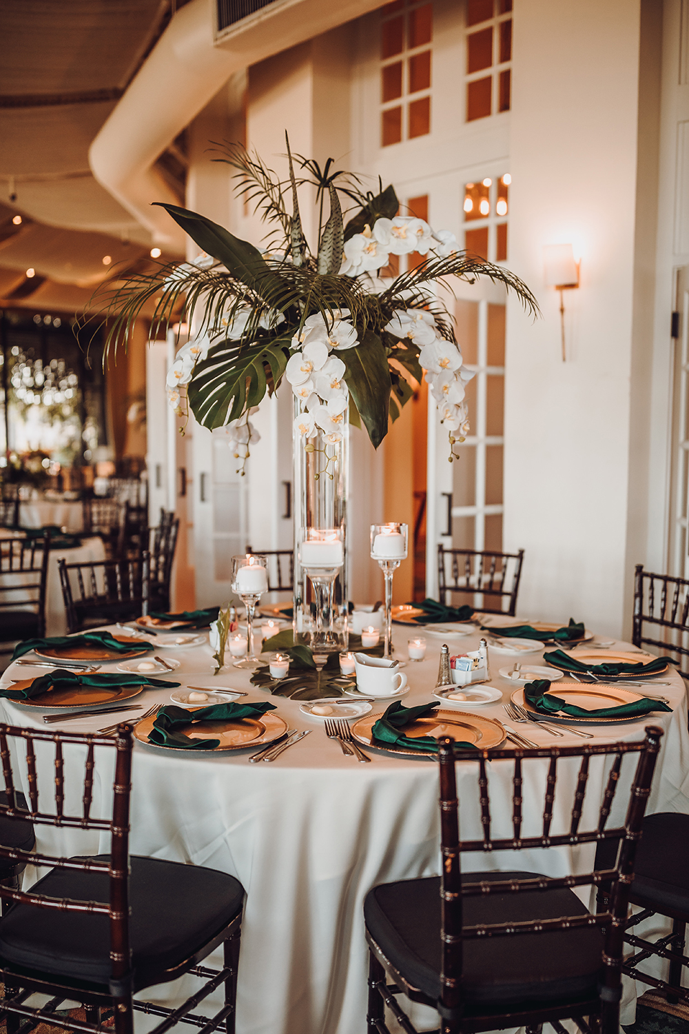wedding reception decor - tropical foliage - centerpiece