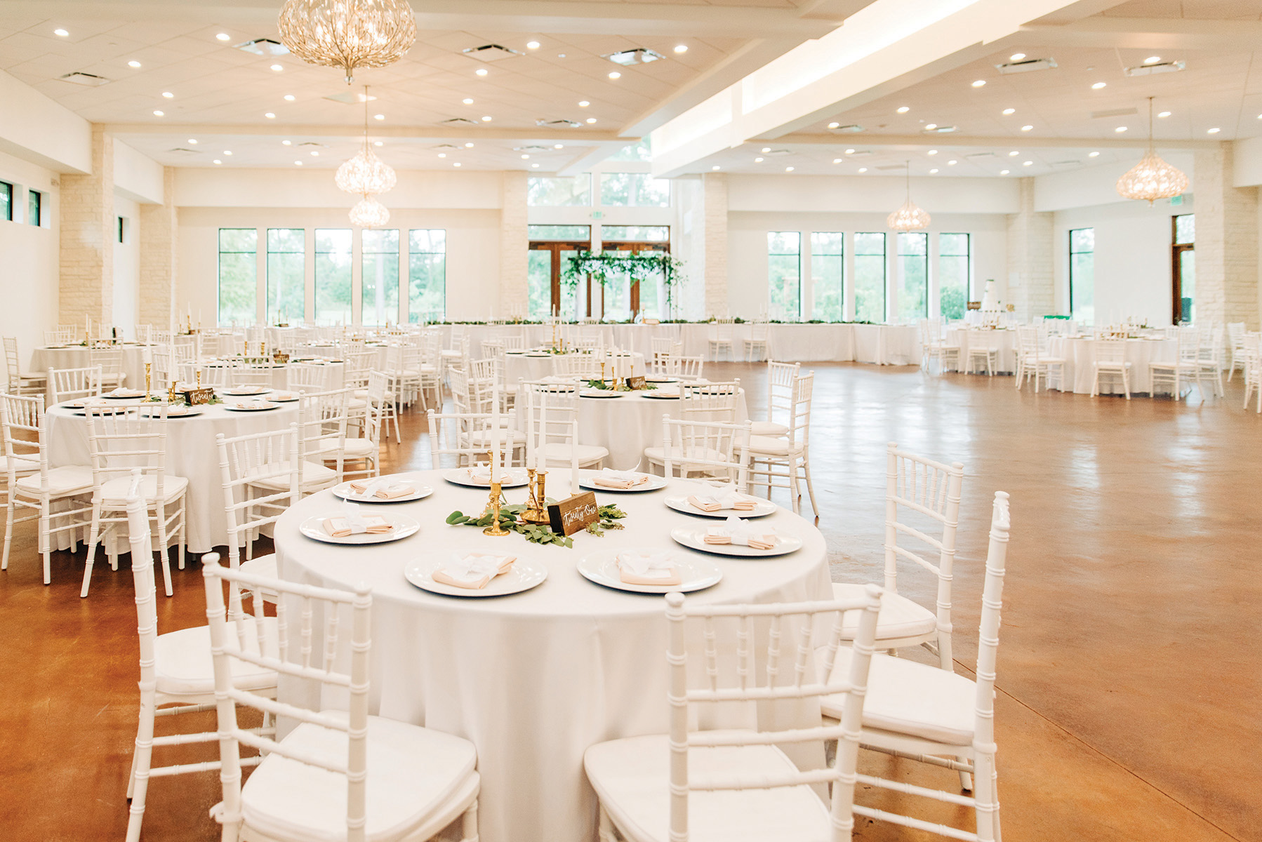 simple, elegant indoor houston wedding reception venue