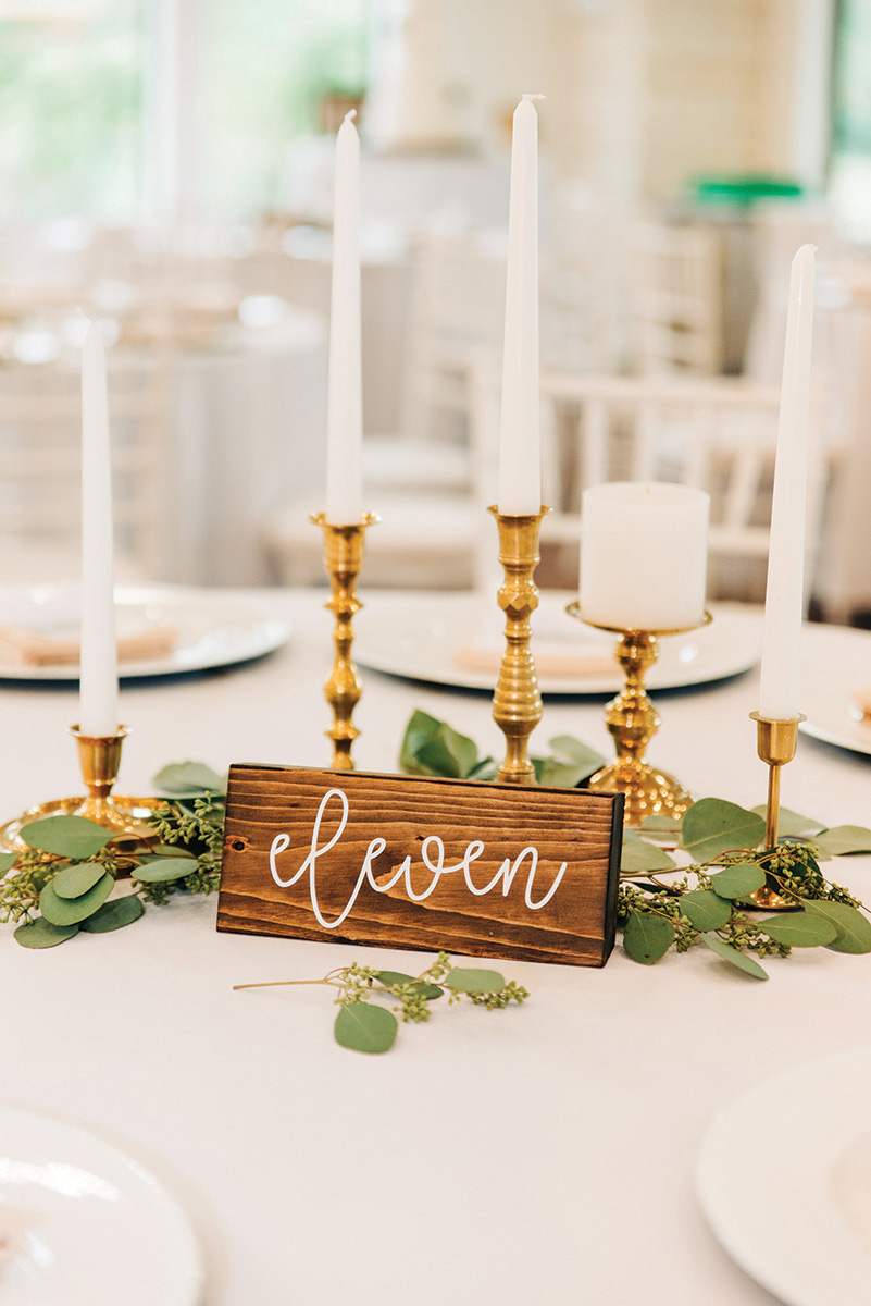 rustic tablescape details - simple wedding