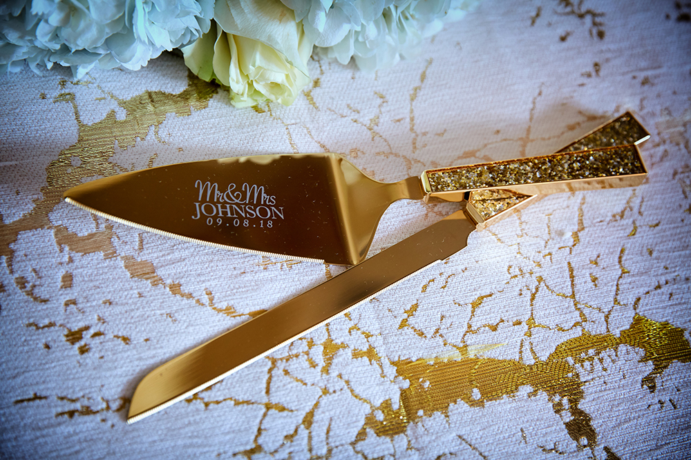 custom cake cutting utensils for wedding reception with last name