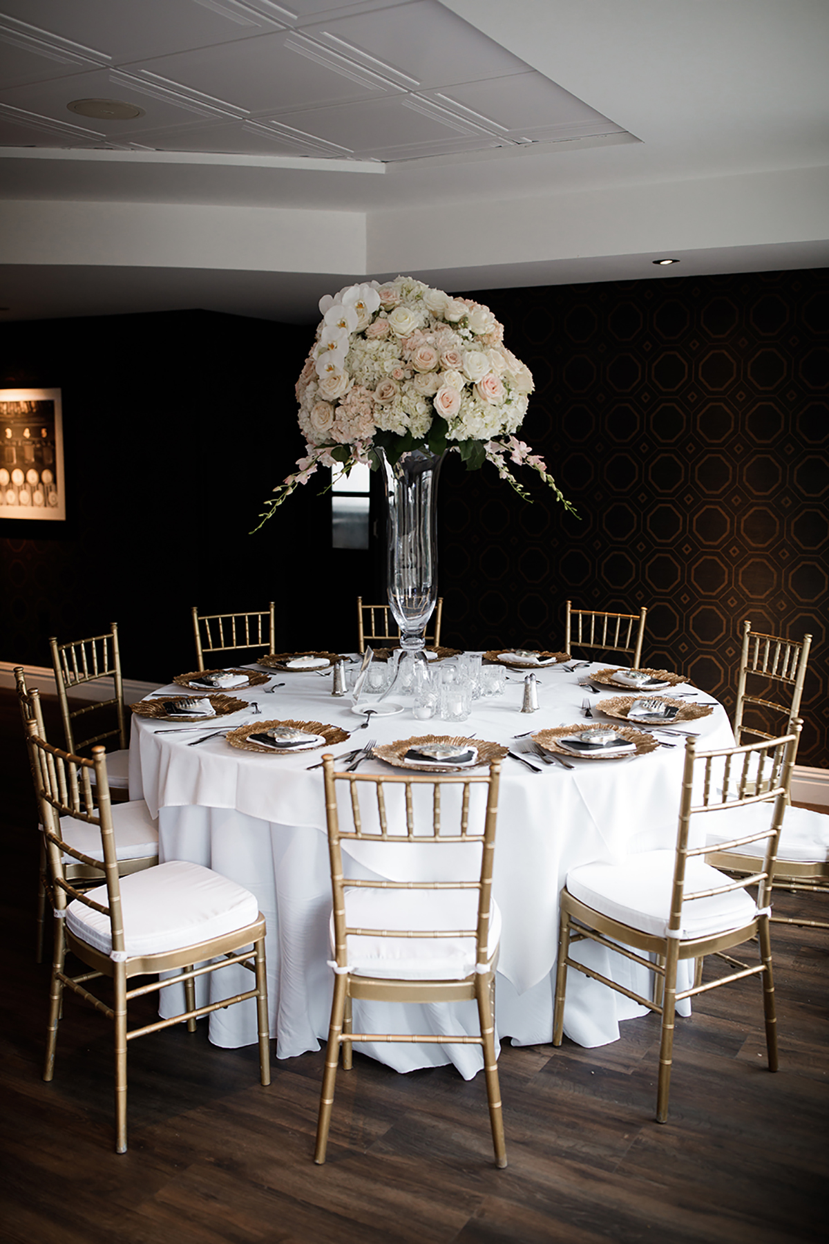 wedding reception decor, floral centerpiece