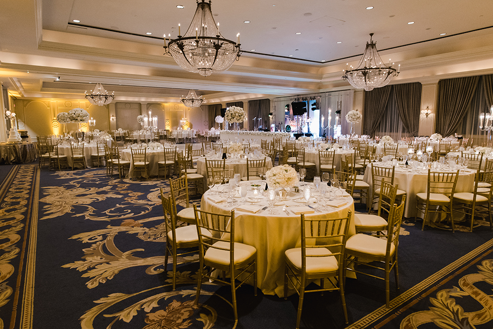 houston ballroom wedding reception - white and gold linens and flowers