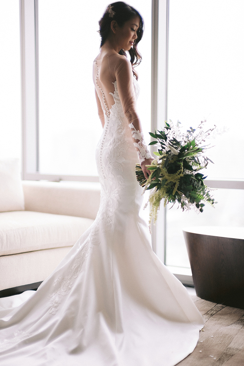 bridal portrait - gorgeous drop back wedding gown