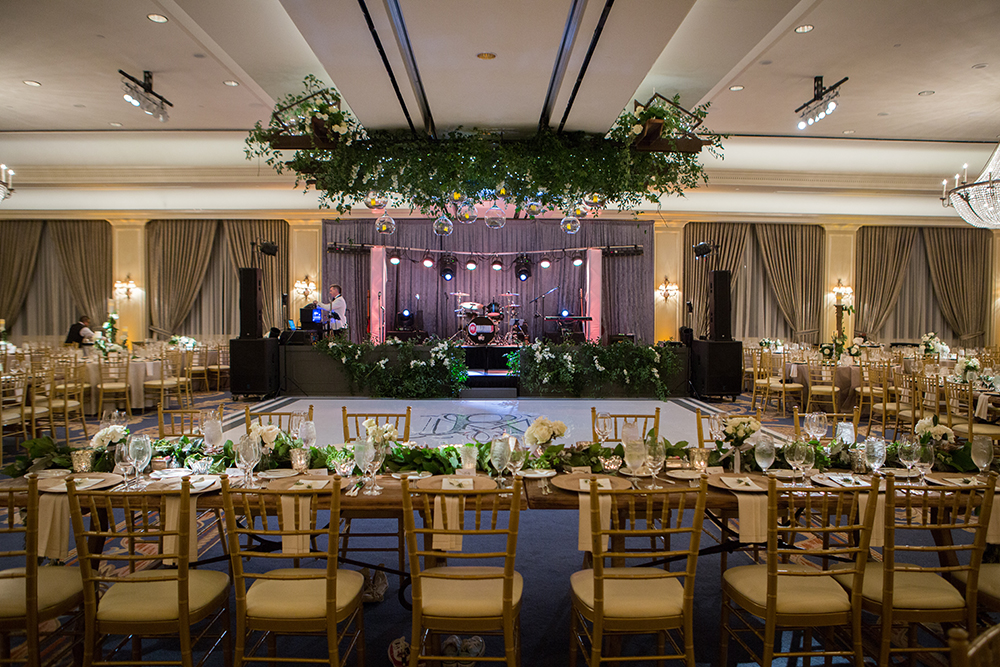 reception decor, houston wedding reception, dance floor, tables, houstonian hotel, grayhouse events