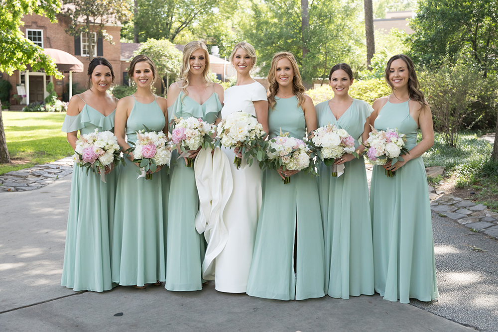 Houstonian Hotel, bridesmaids, bella, light, blue, green, portraits, fashion, color, theme, bouquet