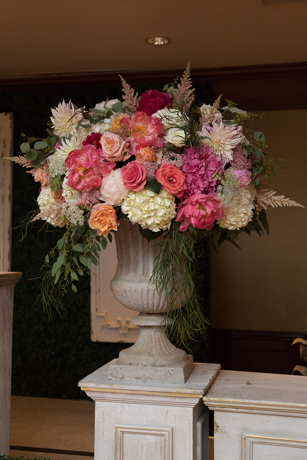 Houstonian Hotel, flowers, vase, todd events, bouquet, arrangement, floral, pink, coral