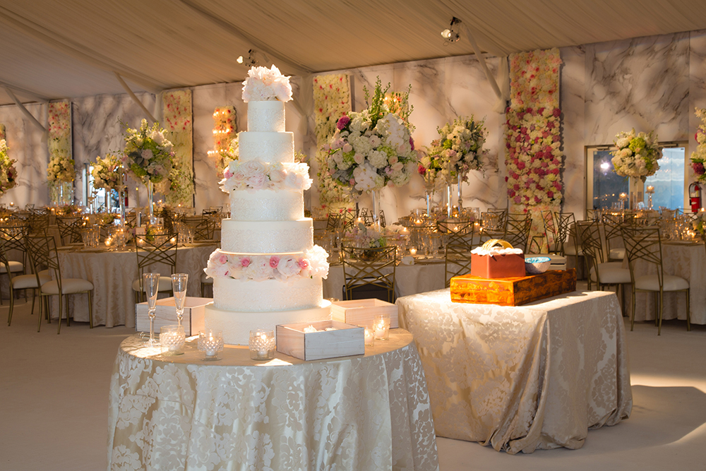 wedding cake and grooms cake ideas