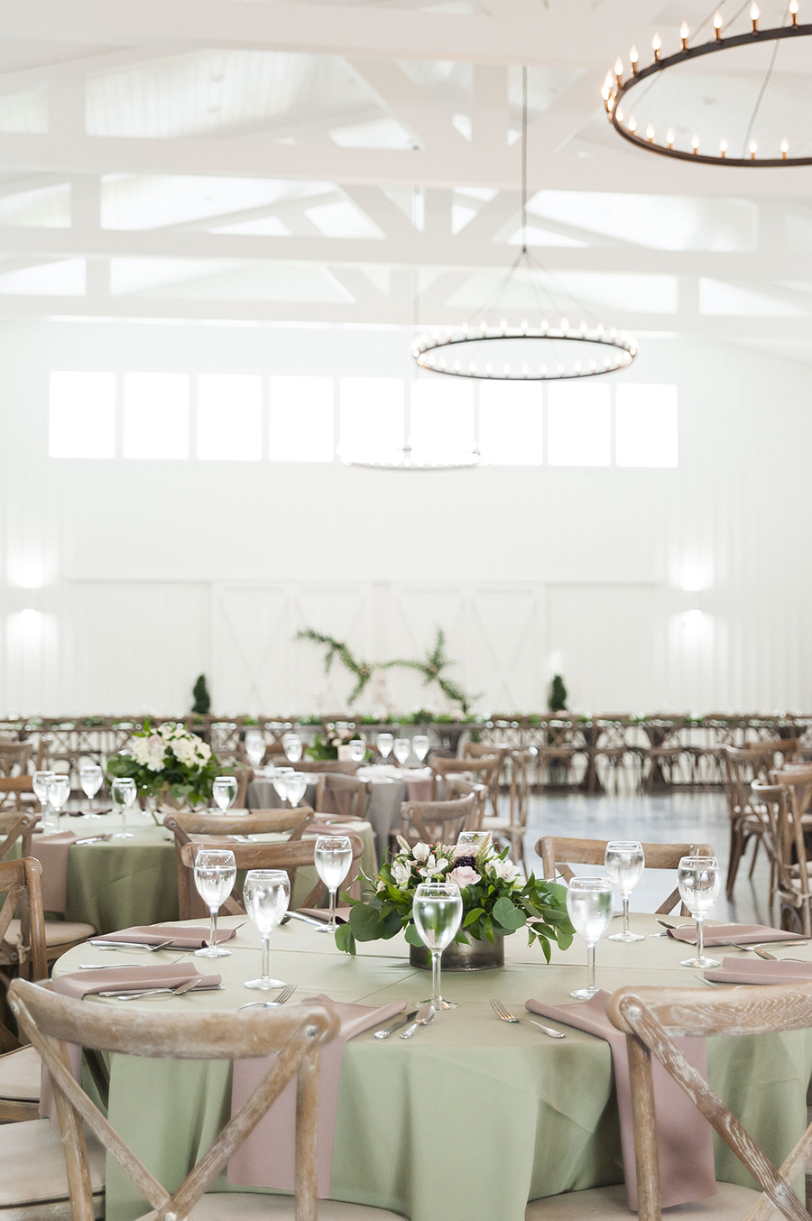 houston, rustic wedding, real wedding inspiration, barn house, all white venue, naked cake