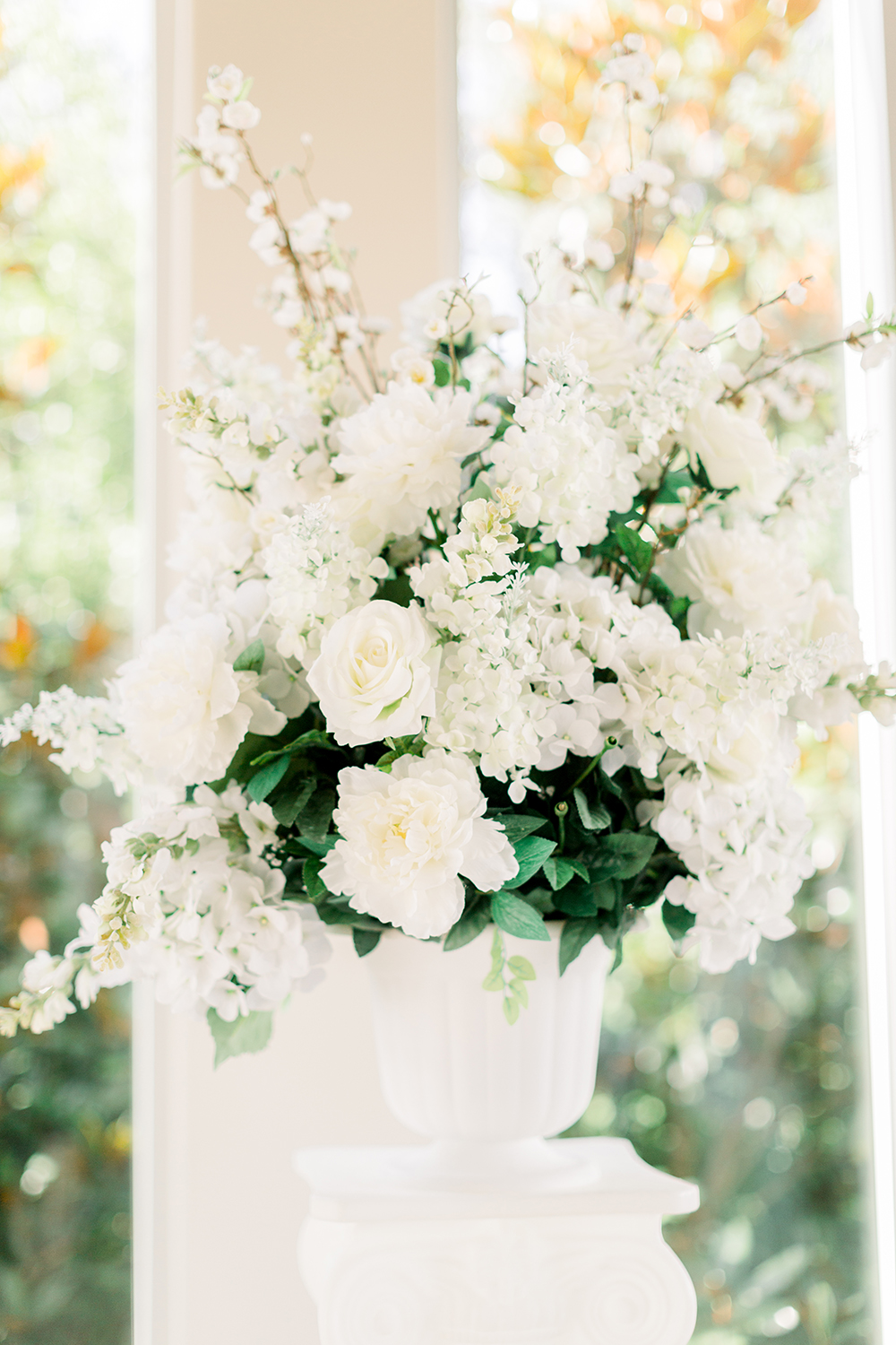 flowers - centerpieces - white - green - ivory