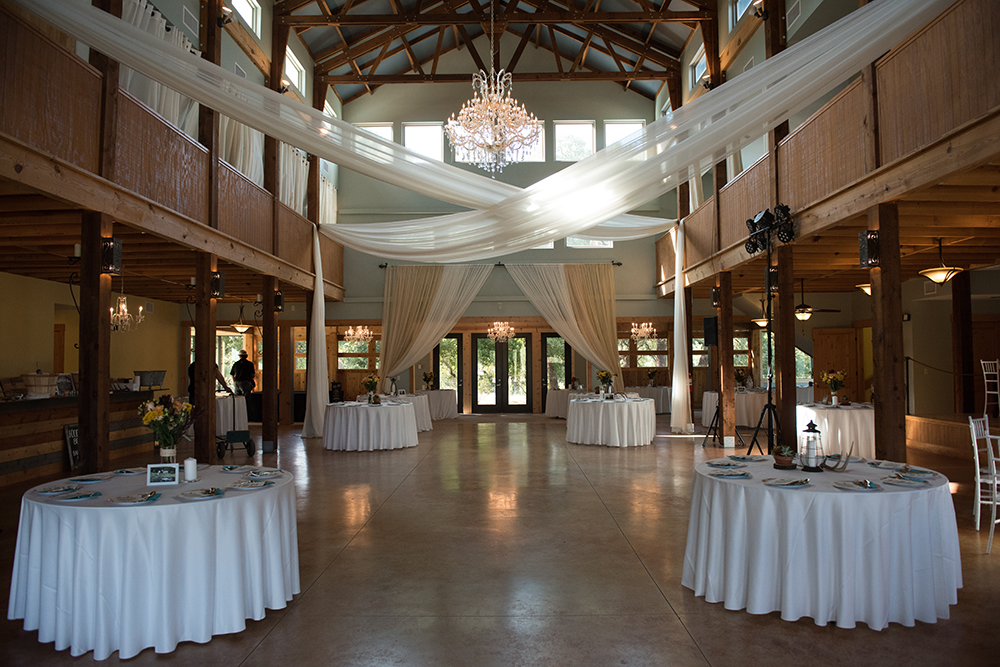 wedding reception decor - la estancia bella