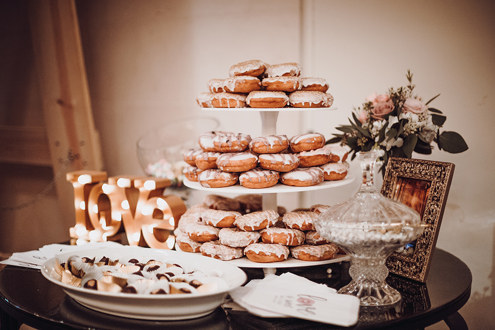 donuts - wedding desserts