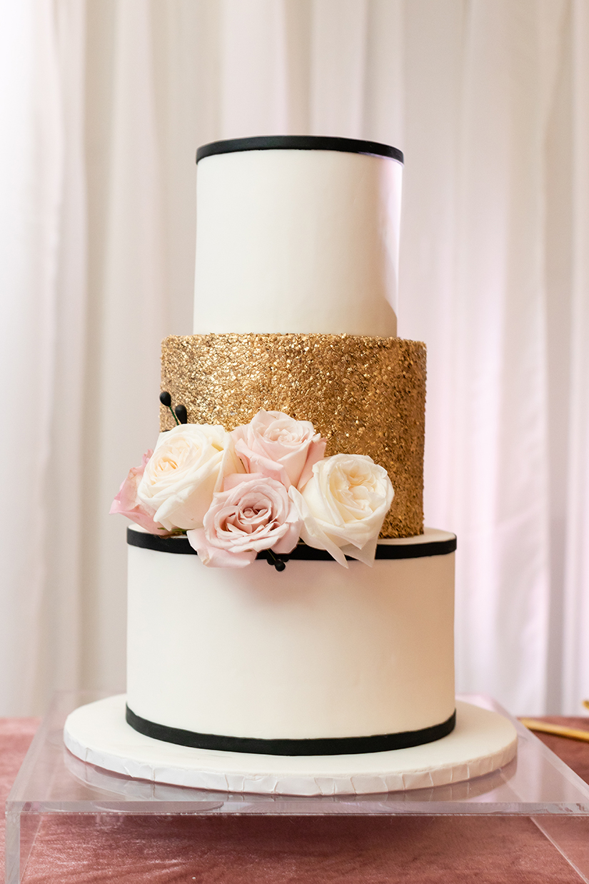 wedding cake - black - gold - white