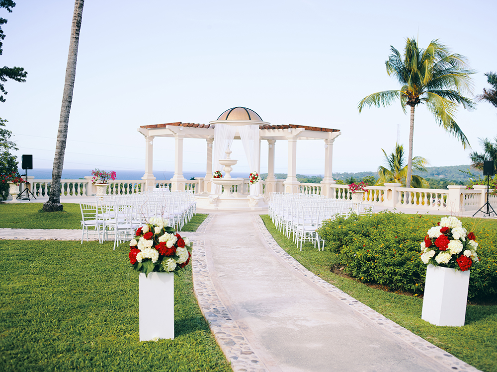 gazebo - wedding ceremony - beachfront - outdoors - jamaica