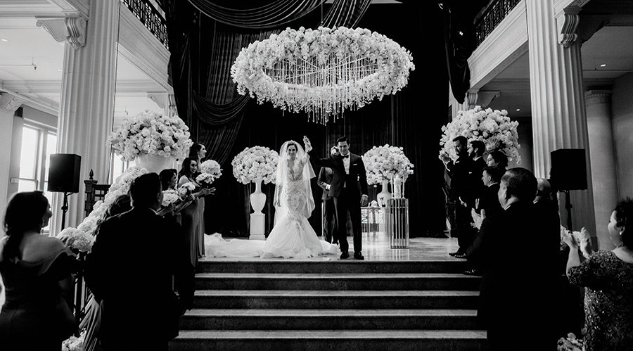floral, chandelier, corinthian, elegant, wedding, houston, sparklers, cakes, luxury