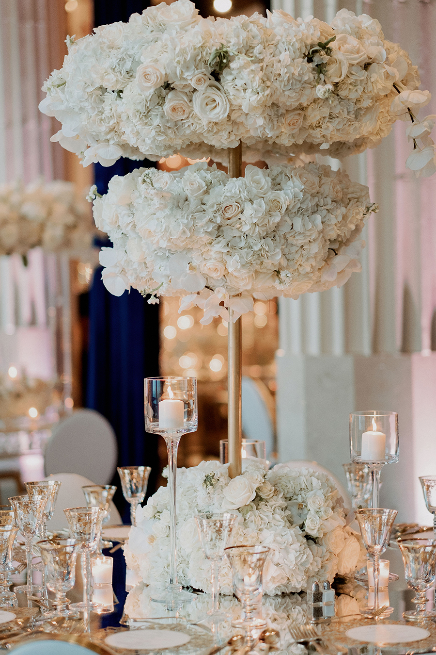 flowers, corinthian, elegant, wedding, houston, sparklers, cakes, luxury