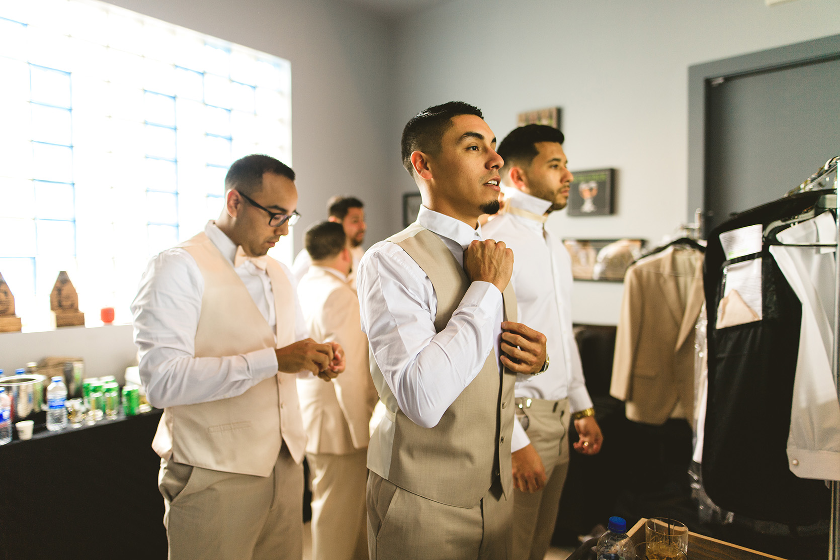 houston wedding, groom, groomsmen, getting ready