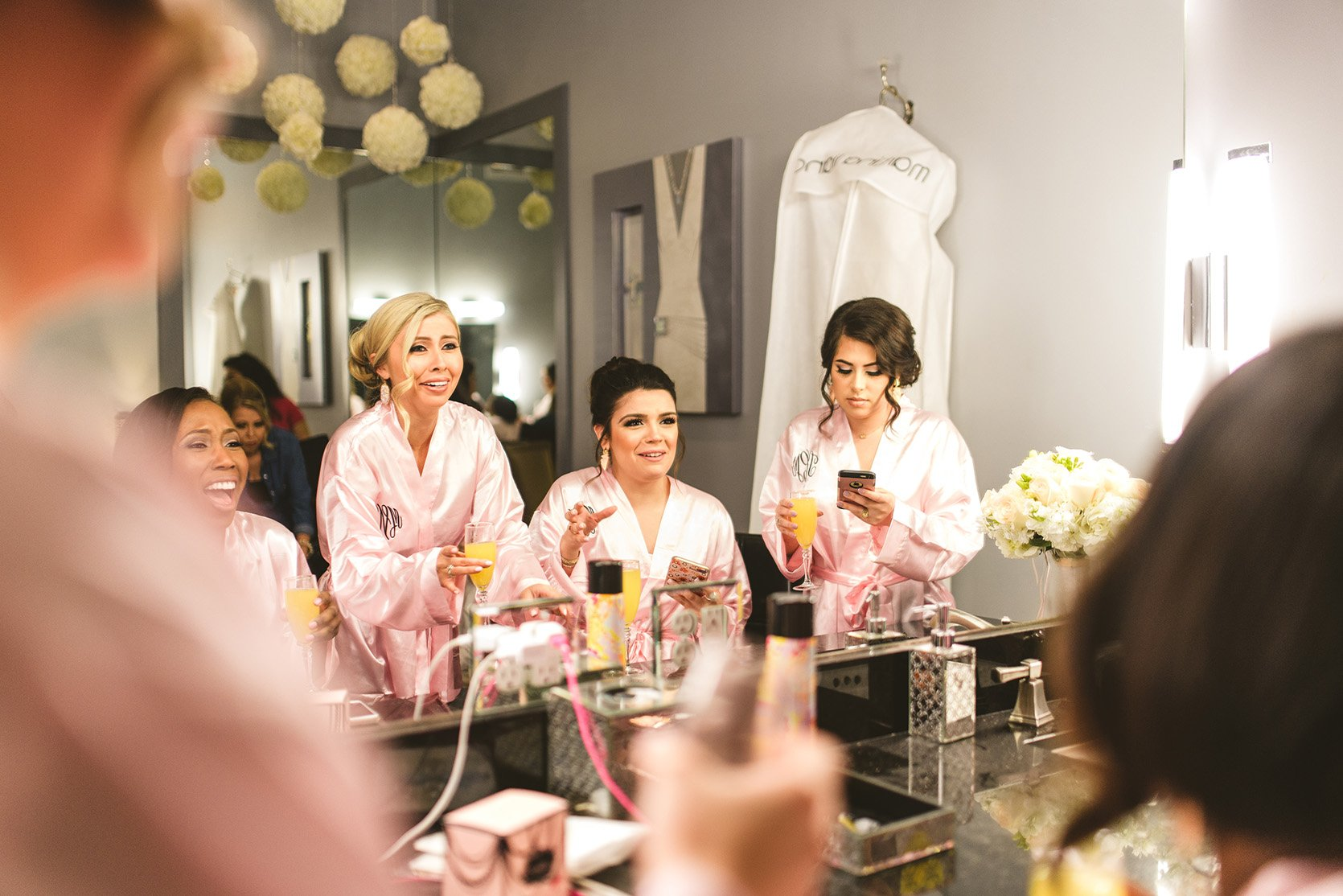 houston wedding, bridal party, getting ready, bridesmaids