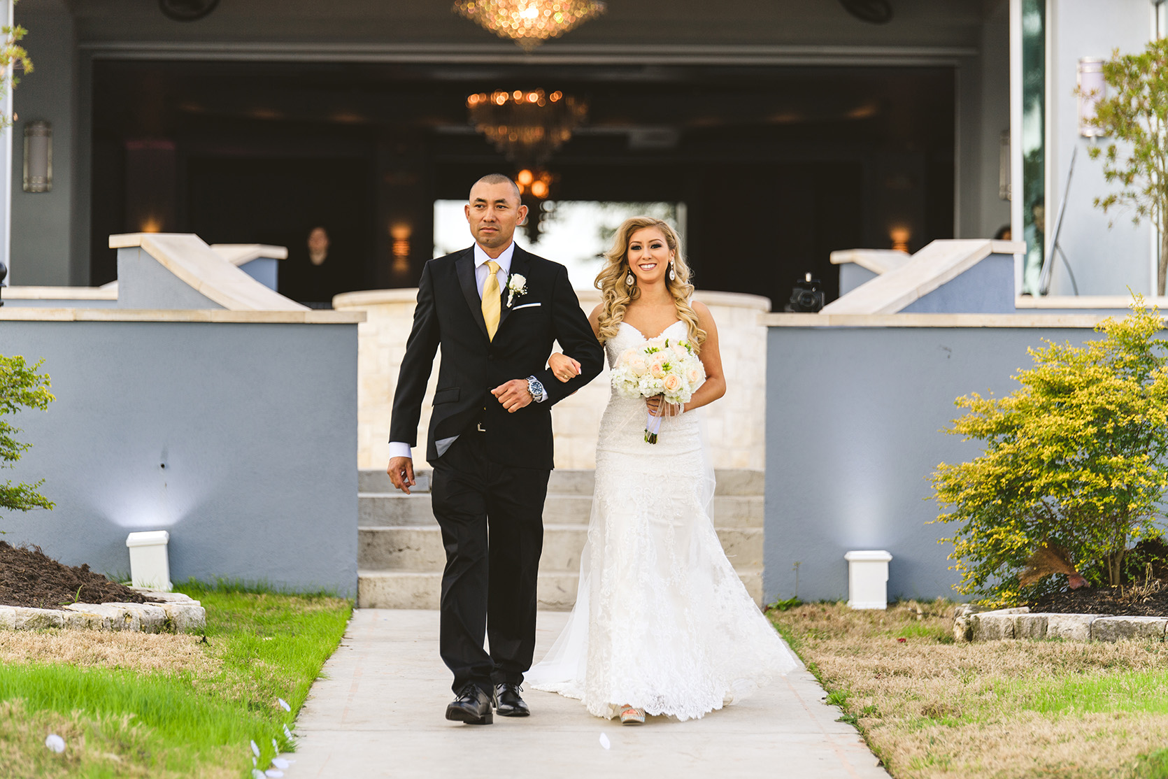 houston wedding, walk down the aisle, father, bride