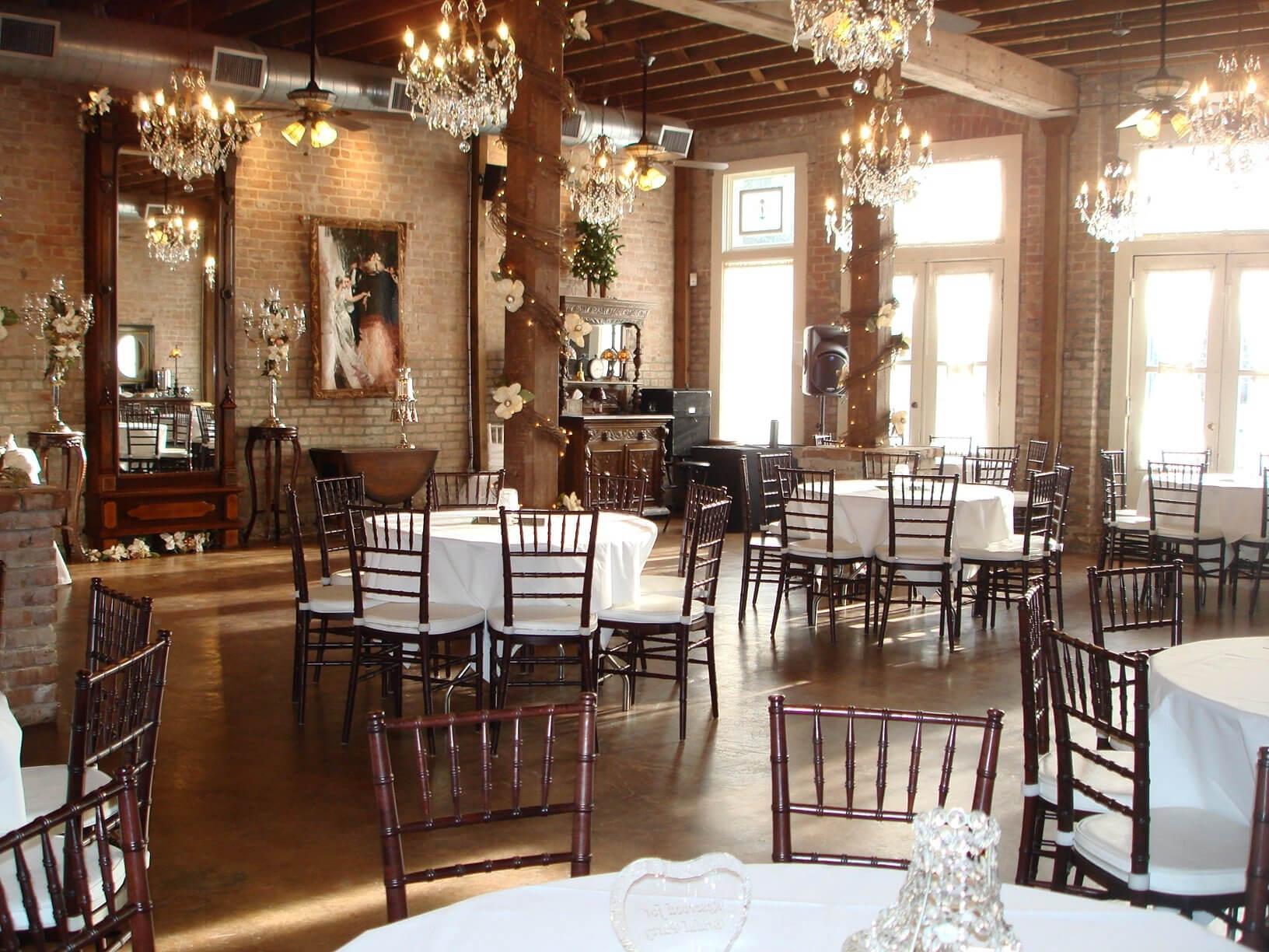 Butler's Courtyard - Venues - Weddings in Houston
