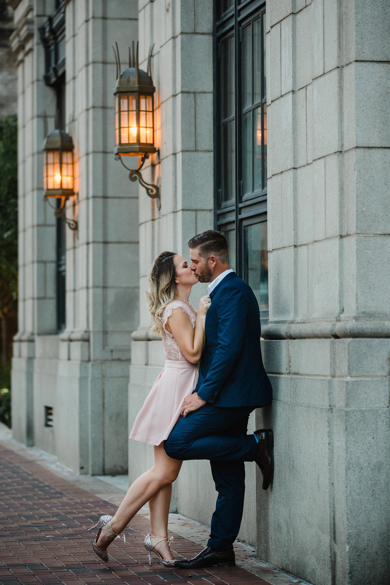 Eri Reyna - Houston Wedding and Engagement Portrait Photographer