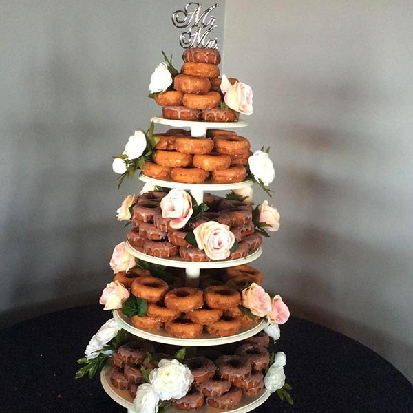Wedding Desserts - Hugs & Donuts