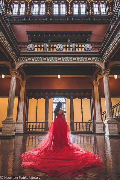 Houston Wedding - Julia Ideson Library