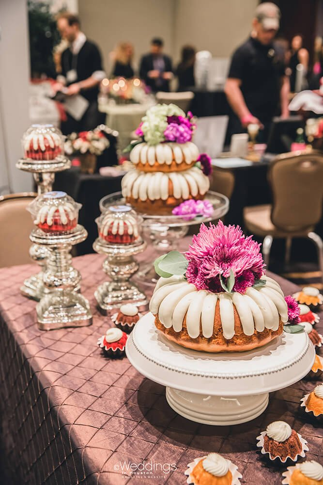 bundt wedding cakes nothing bundt cakes weddings in houston 12222