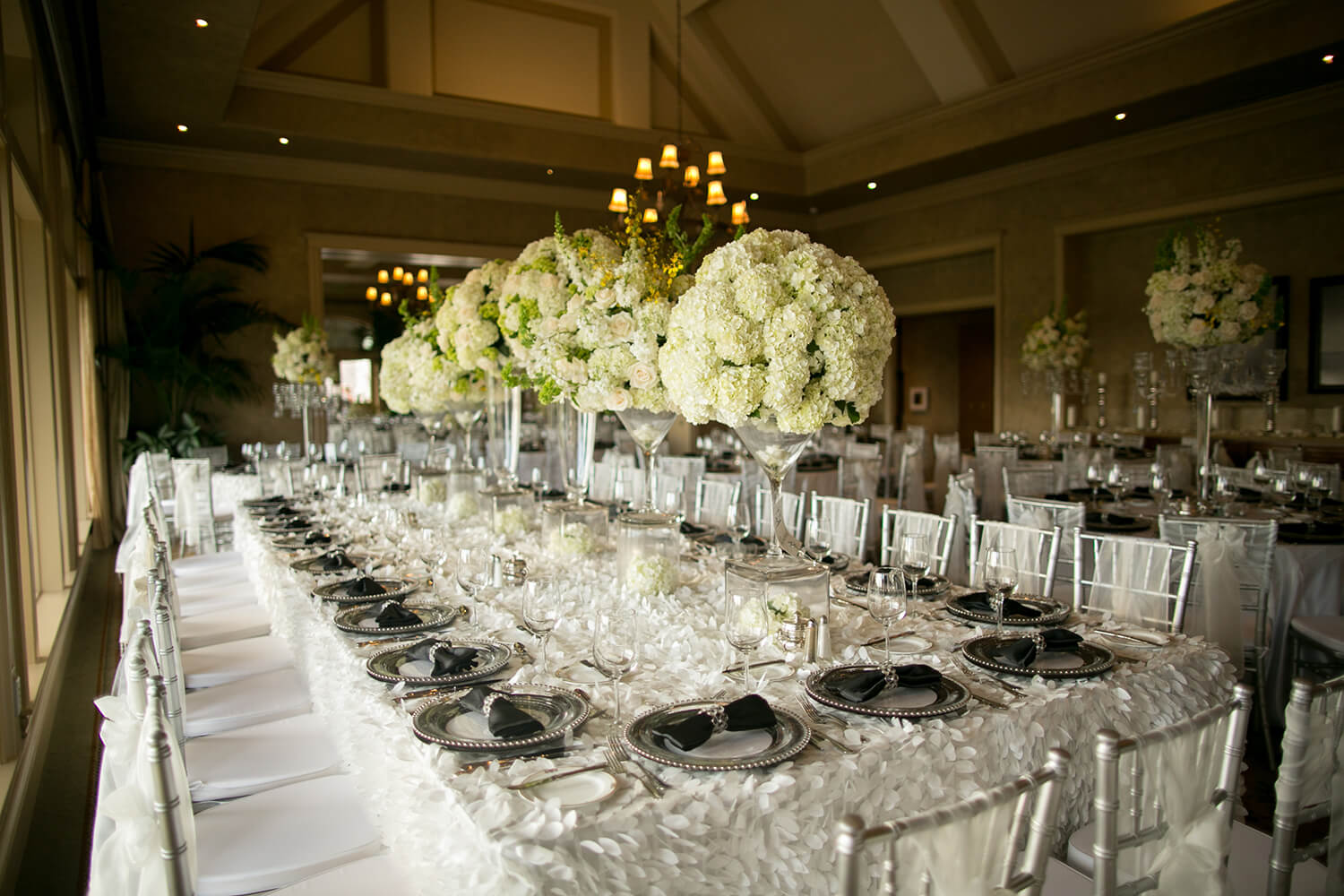 Houston Wedding Florist - River Oaks Plant House