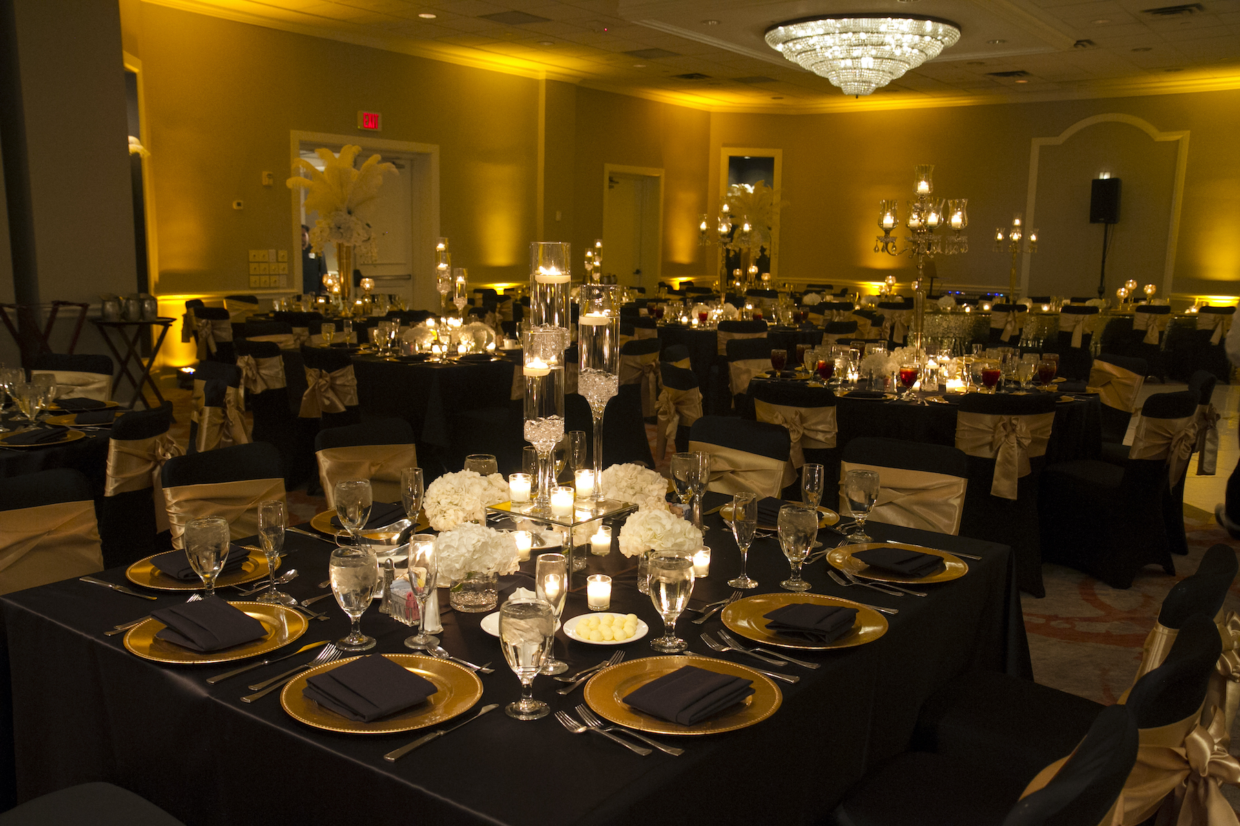 Hotel Wedding Venue - Houston - Historical - The Whitehall Houston